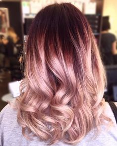 Dark Violet to Rose Gold Ombre gold hair, 17 Greatest Red Violet Hair Color Ideas Trending in 2020 Violet Hair Colors, Red Violet Hair, Red Ombre Hair, Gold Hair Colors, Hair Color Balayage, Red Hair, Rose Gold Ombre, Rose Gold Blonde, Rose Gold Bayalage