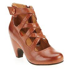 Miz Mooz Women's Tillman Pumps :: Women's Shoes :: Women's Dress Shoes :: FootSmart Women's Shoes, Dress Shoes, Dance Shoes, Miz Mooz, Evening Shoes, Character Shoes, Pumps, Fashion, Fashion Styles