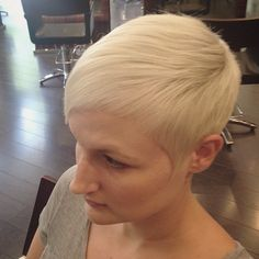Pixie Cut Styles, Pixie Cuts, Short Hair Styles, Sassy Haircuts, Confident Woman, Pixies, Cut And Style, Rocks, Hair Cuts