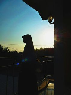 Siluet Niqab, Squad, Art, Craft Art, Kunst, Gcse Art, Art Education Resources