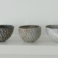 21.08.2016  Akiko Hirai cereal  bowls.  The movement and facets of these bowls add texture and interest almost fabric woven complexity.  The internal glaze is a rich complex painting in itself. What an honour to be welcomed every morning by these bowls to be used for breakfast!  #craftmanship  #pottery #handmade  #craft  #akiko Hirai #ceramic #kinfolk #clay