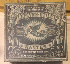Remarkable artwork on this vintage box cover of Petit-Buerre biscuits from Lefevre-Utile, LU, of Nantes, France. Circa 1910.
