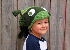Ravelry: shutterbugette's Crazy Fish Hat