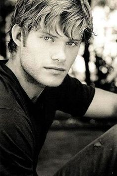 Who I picture as Devlin from The Summer Wind by Mary Alice Monroe--Chris Carmack Chris Carmack, Blond, Raining Men, Male Face, Good Looking Men, Male Beauty, Gorgeous Men, Beautiful People, Cute Guys