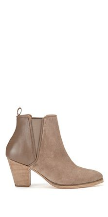 Whistles Anita Casual Boot with Piping Fashion Shoes, Fashion Outfits, Womens Fashion, Holy Chic, Cool Style, My Style, Look At You, Casual Boots, Contemporary Fashion
