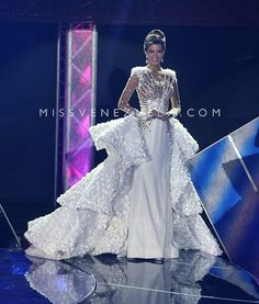 Miss Zulia 2016 Evening Gown: HIT or MISS | https://thepageantplanet.com/miss-zulia-2016-evening-gown/