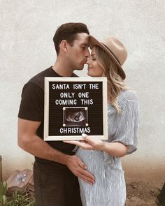 due in december baby announcement Expecting Baby Announcements, Birth Announcement Pictures, Creative Pregnancy Announcement, Christmas Baby Announcement, Pregnancy Tips, Birth Announcements, Pregnancy Outfits, Baby Due, Baby Birth