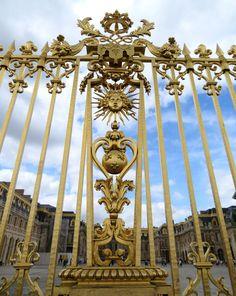 The gates of Versailles. Photo: WendyJames ~ August 2016
