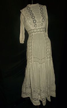 Antique Vintage Lace Tea Dress Wedding Crochet Eyelet Cutwork..