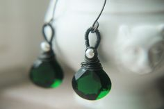 Emerald Green Earrings wrapped in by TheNorthWayStudio.  Stunning.
