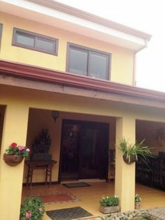 ADECORSA Inmobiliaria - Real Estate: LINDA CASA EN LOMAS DE AYARCO DE CURRIDABAT PARA V...