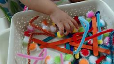 simple sensory play for babies: DIY Sensory Bin