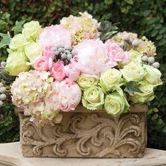 Toronto flower delivery bouquet of white peonies garden: floral centerpiece Arrangements D'hortensia, Peony Arrangement, Motif Floral, Floral Design, Celebrate Magazine, Beauty Video Ideas, Peonies Garden, Hydrangea Garden, Pink Hydrangea