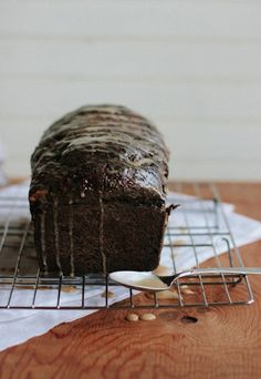 chocolate coffee cardamom bread from artisan bread in 5 minutes a day (also, base of recipe is chocolate espresso bread) Chocolate Espresso, Decadent Chocolate, Coffee Icing, Wheat Bread Recipe, Bread Recipes, Icing Recipe, Artisan Bread, Sweet Bread, Croissants