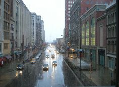 Fichier:Rainy day in Indianapolis.jpg