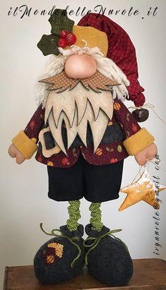 Anna Król - Rusin's media statistics and analytics Christmas Craft Projects, Felt Christmas Decorations, Christmas Sewing, Christmas Gnome, Crafts To Make, Christmas Crafts, Christmas Ornaments, Sock Dolls, Italian Language