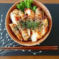 "munehiro❁ on Instagram: ""照り焼きチキン丼🍗🍚 肉っ肉っっ😍💕笑 ・ ・ そして、今日はサロンデーイ✂️ ゎ‹ゎ‹(*´`*)ゎ‹ゎ‹ サッパリしてこょ😚✨✨ ・ ・ ・…"""