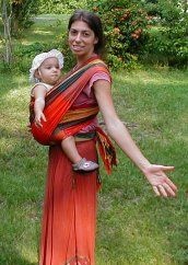 Easy-to-get directions for wraps/baby wearing.