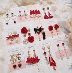 New jewerly unique bling ideas Ear Jewelry, Cute Jewelry, Pandora Jewelry, Jewelry Accessories, Fashion Accessories, Fashion Jewelry, Korean Earrings, Kawaii Jewelry, Cute Earrings