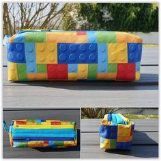 Trousse Zip-Zip tissu Lego cousue par Emmanuelle - Patron trousse double Sacôtin