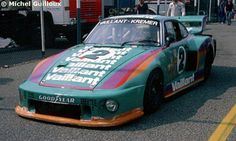 2 - Porsche 935/77A #930 890 0013 - Vaillant Kremer Team