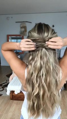 Cute Simple Hairstyles, Easy Hairstyles For Long Hair, Pretty Hairstyles, Scrunched Hairstyles, Cute Blonde Hairstyles, Cute Hairstyles For Homecoming, Fall Wedding Hairstyles, Homecoming Hair, Side Hairstyles