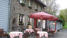 Die Eifel geniessen - in der Senfmühle in Monschau http://www.travelworldonline.de/traveller/Videos/die-eifel-geniessen-das-geht-in-monschau/?utm_content=buffer7d1a6&utm_medium=social&utm_source=pinterest.com&utm_campaign=buffer ... #deinNRW #genuss #monschau