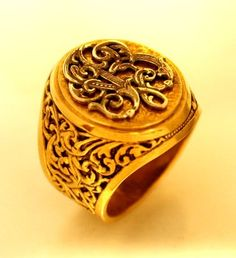 """Gold Signet Ring with """"VB"""" Initials"""