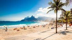 """Club France - Air France  - A Air France, embaixadora da arte de viver """"à la Française"""" instala a sua sede no terraço do Club France, em um Lounge chique e festivo no Rio de Janeiro."""