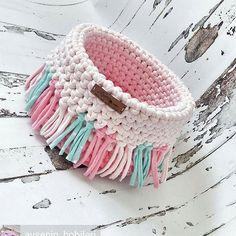 Crochet basket 855050679235855645 - New Crochet Patterns Basket Storage Yarns Ideas Source by Crochet Gifts, Crochet Yarn, Knitting Yarn, Doilies Crochet, Crochet Bowl, Crochet Basket Pattern, Crochet Jewelry Patterns, Crochet Designs, Crochet Storage