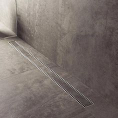 Duschrinne Buy ESS Easy Drain Compact 30 FF tile shower channel online now at Fast deli Wet Room Bathroom, Bathroom Drain, Art Deco Bathroom, Shower Drain, Modern Bathroom Design, Bathroom Interior, Pentagon Design, Linear Drain, Floor Drains