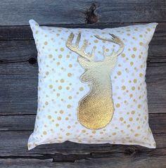Gold Dot Pillow Gold Home Decor Gold Deer Pillow von JadieCakes
