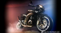 Interior specialist Vilner has partnered with bike tuner Galaxy Custom to modify the Aprilia Tuono RSV 1000 to create the Stingray. High Def Wallpapers, Triumph Speed Triple, Stylish Dp, Motorcycle Wallpaper, New Motorcycles, Future Car, Cool Wallpaper, Wallpaper Wallpapers, Hot Cars