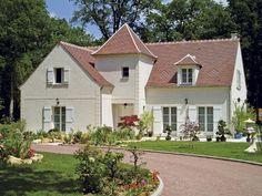 Découvrez les plans de cette demeure bourgeoise sur www.construiresamaison.com >>>