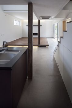 House in Chigasaki by LEVEL Architects