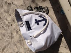 Skipper Bags- coming this spring to It's a Girl Thing   Www.itsagirlthingmonograms.com or email ksdriscoll@aol.com
