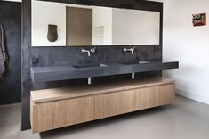 Relaxing and luxurious, beautifully golden or fairly modern, you'll find the impulse you're watching for these superb bathroom ideas! Take a survey of the board and let you inspiring! See more clicking on the image. Modern Luxury Bathroom, Contemporary Bathroom Designs, Bathroom Design Luxury, Bathroom Toilets, Bathroom Faucets, Shiplap Bathroom, Bad Inspiration, Bathroom Inspiration, Bathroom Furniture