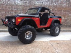Black & Red Bronco