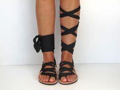 Sandalias de cuero hecho a mano diseño único por GreekChicHandmades