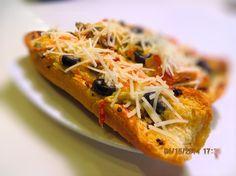 Garlic Cheese Olive Bread Recipe - Food.com