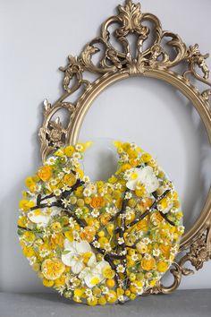 yellow flower sculpture