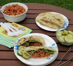 Chicken Sloppy Joe Pitas are a quick and easy recipe for #WeekdaySupper
