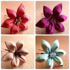 舞妓さんのかんざしに使われる「つまみ細工」。小さな布を、折り紙のようにたたんで作る伝統工芸です。まとめ髪に、すっと一輪添えていただきたい百合の花をお作りしまし... ハンドメイド、手作り、手仕事品の通販・販売・購入ならCreema。