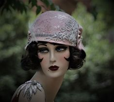 1920s Flapper Party Hat in Pink and Silver Flapper Party 15d668e28bd0
