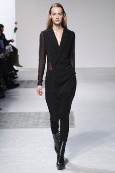 Sfilata Barbara Bui Parigi - Collezioni Autunno Inverno 2014-15 - Vogue
