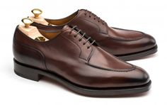 Edward Green Dark Oak Dover Split-toe Derby The split-toe derby, here with a hand-sewn Norwegian skirt, is a perfect expression of rugged elegance, adding personality to any casual wardrobe. http://www.leatherfoot.com/edward-green-dover-derby-dark-oak-haf-sole/dp/3934