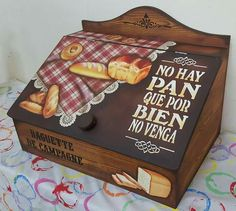 Más Wooden Painting, Wooden Art, Wooden Boxes, Decoupage Box, Decoupage Vintage, Vintage Cafe, Vintage Wood, Funky Painted Furniture, Wooden Cutouts
