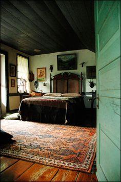 oswald's mill // warm bold bedroom