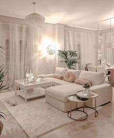I love the decor in this living room so much!Who else loves this? Credit: I love the decor in this living room so much!Who else loves this? Living Room Decor Cozy, Home Living Room, Apartment Living, Chic Apartment Decor, Small Living Rooms, Apartment Ideas, Bedroom Decor, Home Room Design, Interior Design Living Room