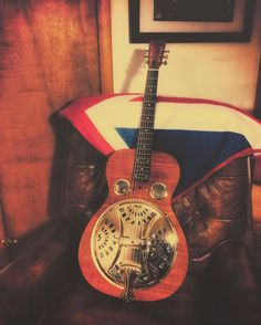 Brand new set of 16 gauge phosphor bronzes on the old hound dog.      #guitar #guitarist #guitars #fender #musician #acoustic #rock #drums #gibson #bass #guitarplayer #guitarporn #band #cover #guitarra #rocknroll #metal #singer #electricguitar #acousticguitar #riffwars #livemusic #piano #blues #guitarsdaily #geartalk #concert #lespaul #stratocaster #heavymetal http://ift.tt/1E20YDk | Photographer in Viroqua Wisconsin
